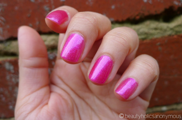 H&M Nail Polish in Pinkastic