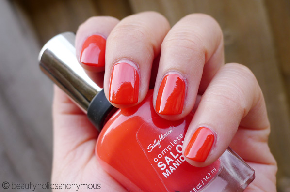Sally Hansen Salon Manicure in Kook-A-Mango