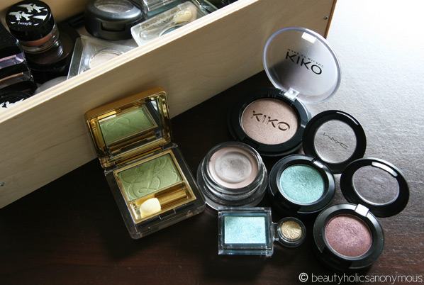 Pressed or Loose Eye Shadows