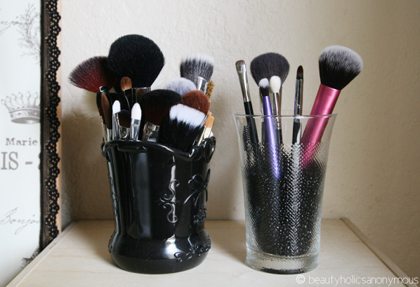 Brushes or Sponges