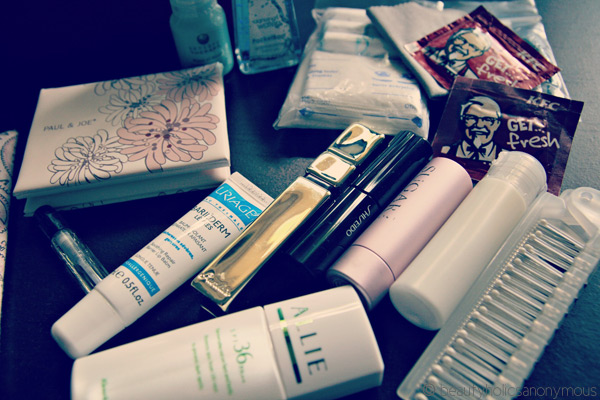 What's In My Makeup Bag [January 2013]
