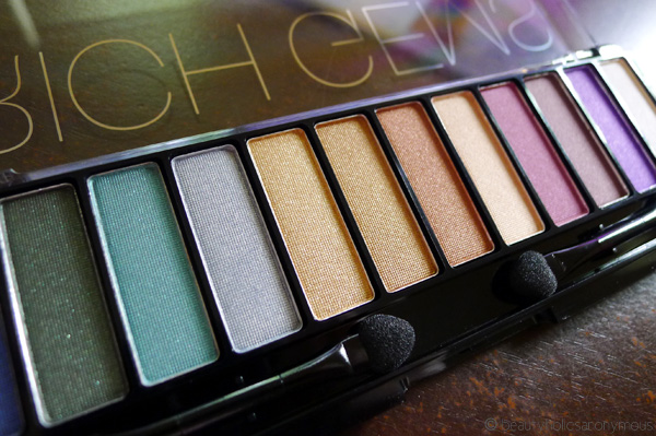 Immerse Yourself In Jewel Tones with CHI CHI's Glamorous Eyes Rich Gems Eyeshadow Palette