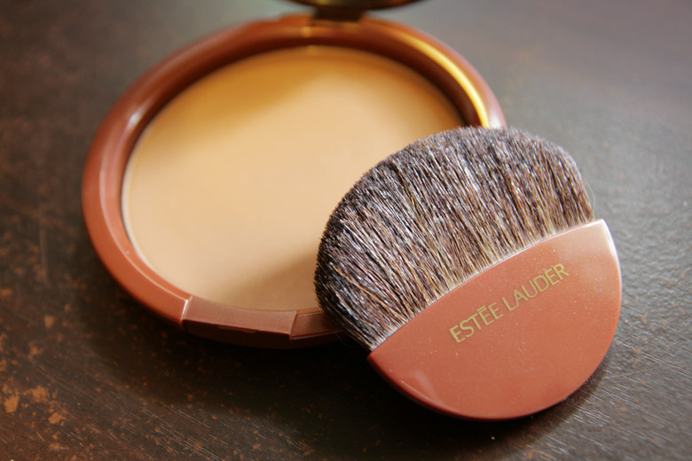 Estee Lauder Bronze Goddess Powder in Medium Deep