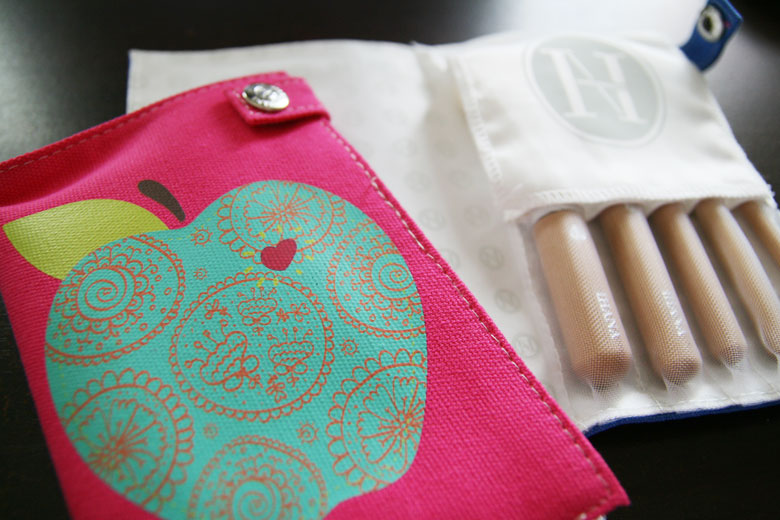 Ahh So Much Cuteness In The Ihana Pro Travel Makeup Brush Sets! (Plus A Giveaway!)