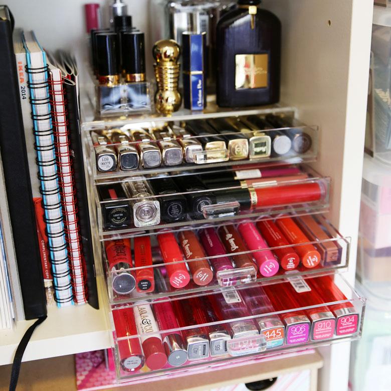 Lip Product Addict Tag Makeup Box