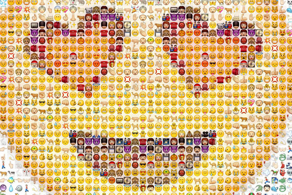 "Bloggie Wednesday: Do Emoticons in Blog Posts Make Them Less ""Professional""?"