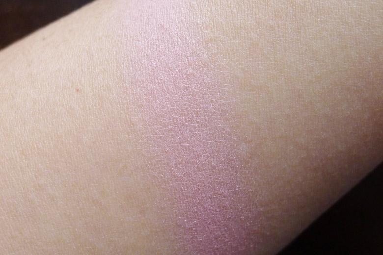 Daiso Mix Cheek Powder in Magic Colour Swatch