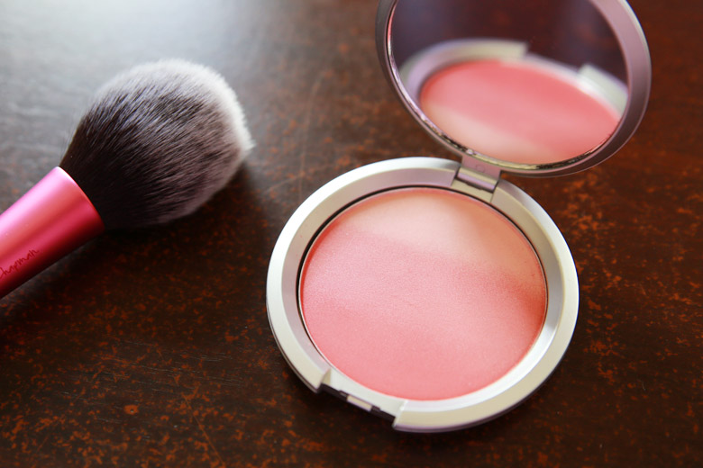 There's A Certain Je Ne Sais Quoi with IT Cosmetics' CC+ Radiance Ombre Blush