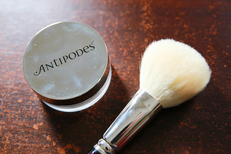 Shake That Shine Off With Antipodes' Performance Plus Skin-Brightening Mineral Finishing Powder