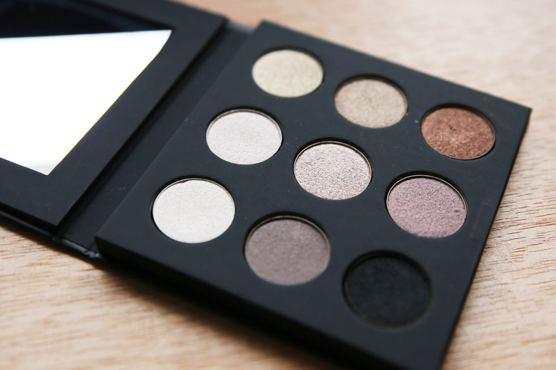 review make up for ever palette 9 artist shadow 1