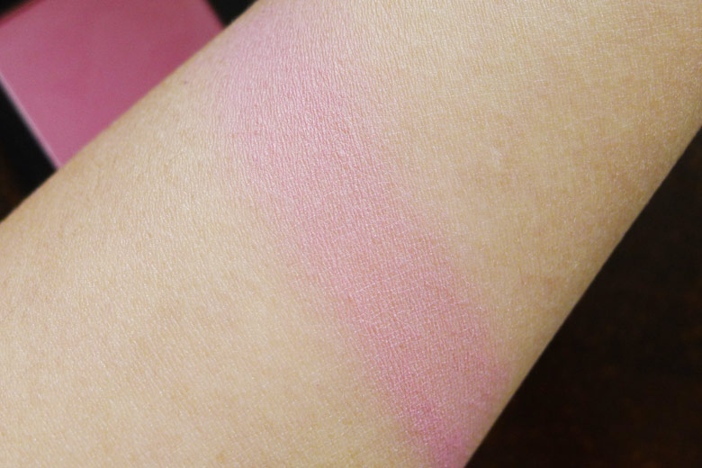 Australis Show Us Some Cheek Blush in Cameo Swatch
