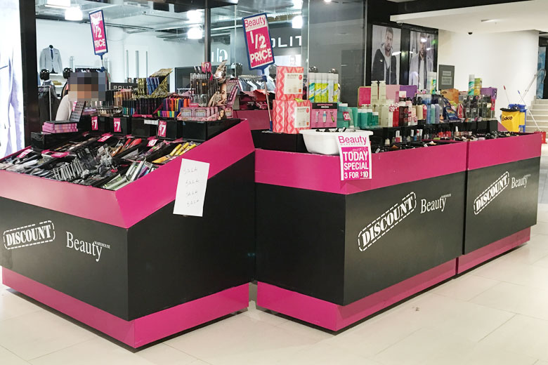 Discount Beauty Stores and Pop-Up Booths